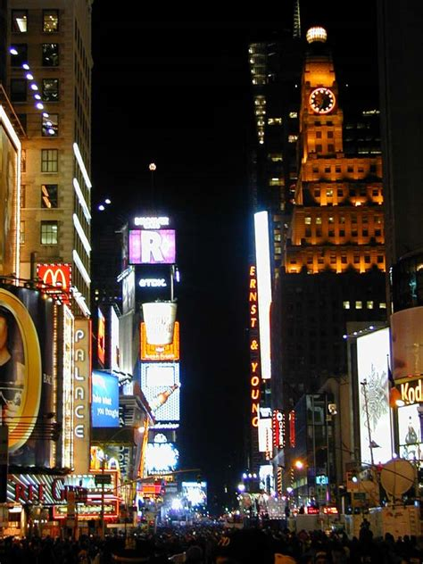 5 Times Square – Ernst & Young National Headquarters