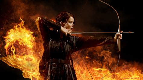 Jennifer Lawrence in The Hunger Games Wallpapers | HD